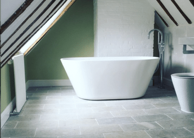 Luxury bath installed by plumber in Bedfordshire
